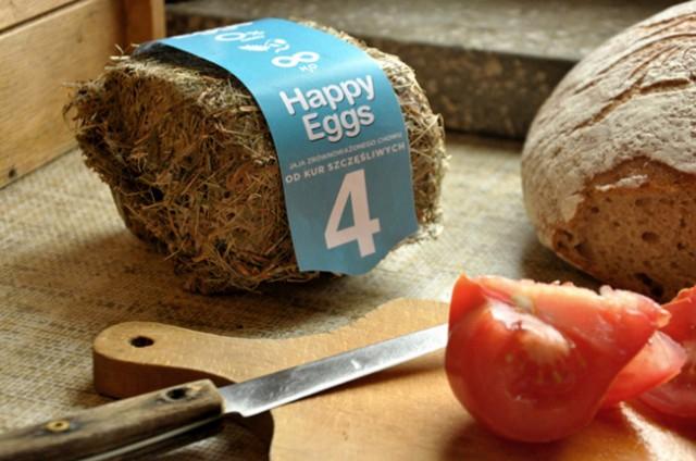 Packaging eggs