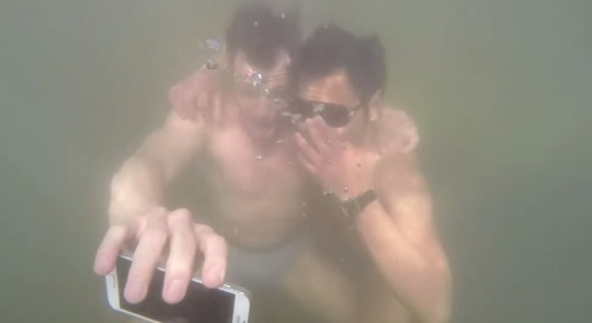 #underwaterselfie