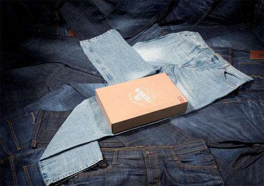 Packaging jeans